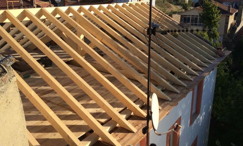 Estructuras de madera en Carrizo