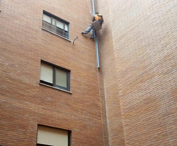 reparar bajantes en Garrafe de Torio